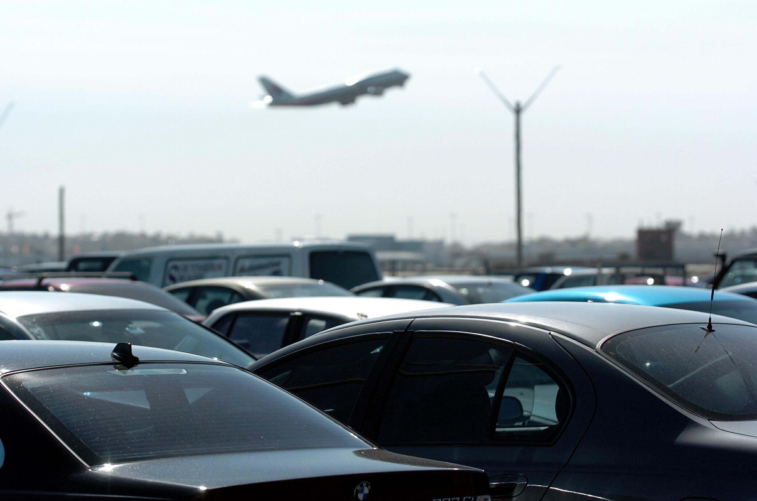 Portland Airport Long Term Parking >> Long Term Airport Parking Vs Short Term Airport Parking